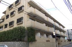 新宿、薬王寺町の防音施工売りマンション
